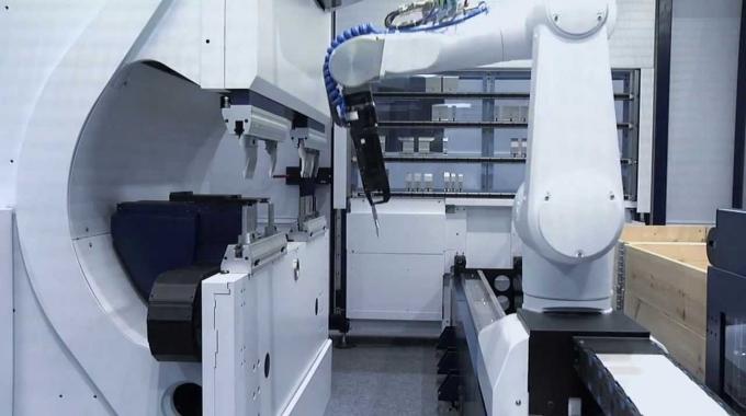 TRUMPF Biegezellen: TruBend Cell 7000 - Die innovative Highspeed Biegezelle