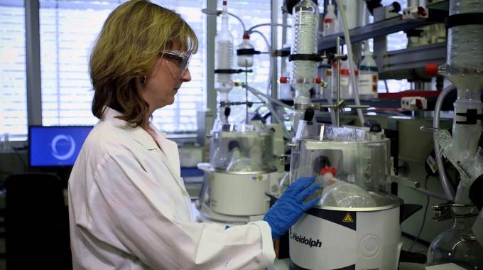 Innovationen vorantreiben - entdecken Sie SCHOTT Research & Development