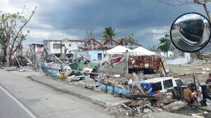 Supporting Humanitarian Partners in the Philippines 2014
