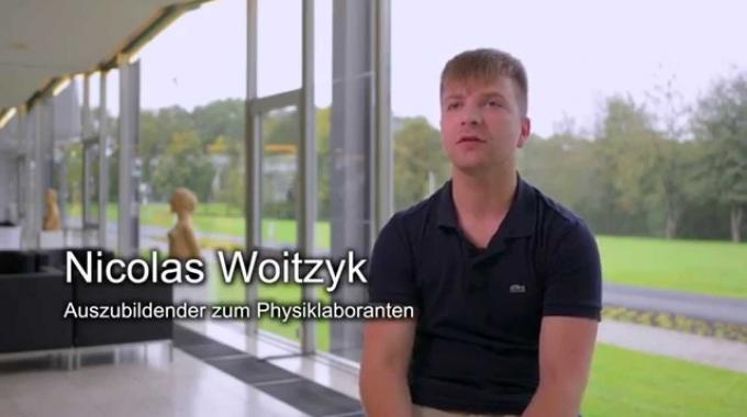 Nicolas Woitzyk ist Auszubildender am Forschungszentrum Jülich