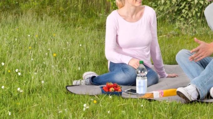 resources SAVED by recycling: Kreisläufe schließen, Lebensräume erhalten.