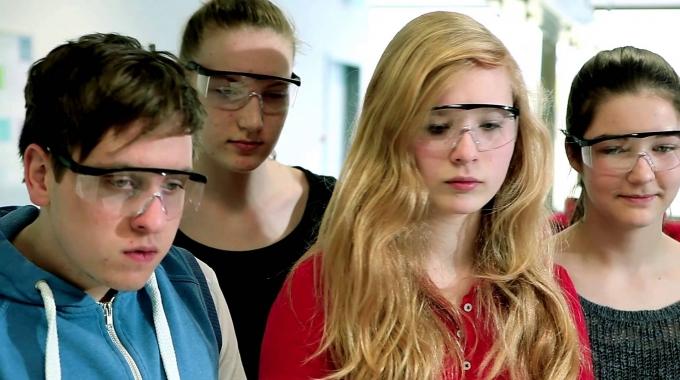 Secondary @ Kämmer International Bilingual School (Full Trailer)