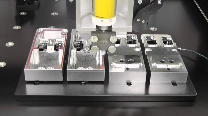 Dosiersystem DATRON PR0500 - Perfekte Dichtraupe für Anwendungen in der Elektronikindustrie