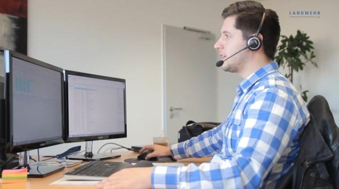 Ausbildung zum IT-System-Kaufmann bei LANDWEHR hat Zukunft