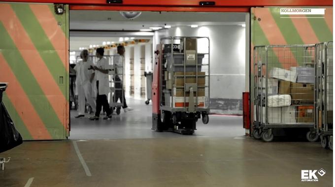 Automatisierte geführte Fahrzeug - EK Automation - im Herlev Krankenhaus