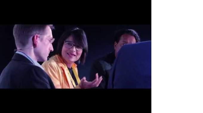 DE CIX Summit 2017 - A journey into an interconnected digital world