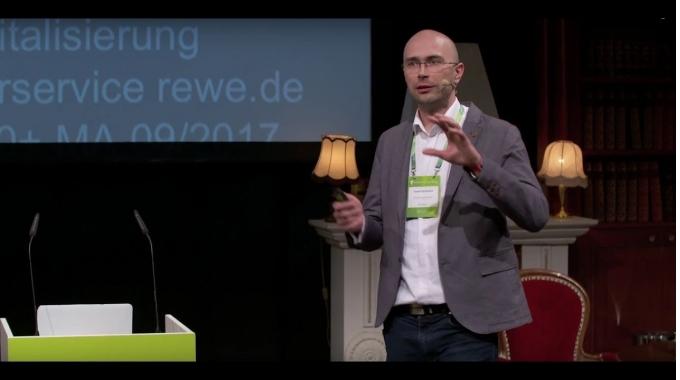 Organisation um Wertströme -  our way to Business Agility   solutions.hamburg 2017