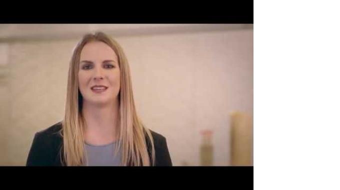 Arbeiten bei Coop - Junior Produktmanager Marina Gantenbein stellt sich vor