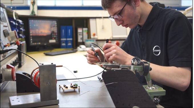 Ausbildungsberuf Elektroniker für Geräte und Systeme m/w bei STÖBER