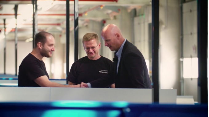 Unser Team im neu eröffneten Hermes Logistik-Center Mainz
