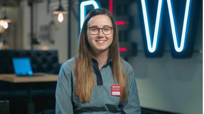 Luisa über ihr duales Studium I REWE Karriere