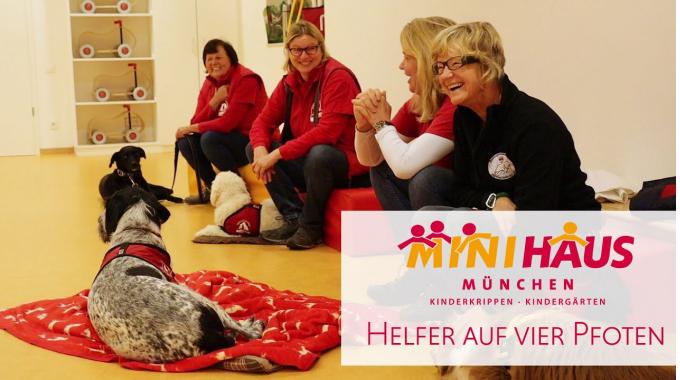 Helfer auf vier Pfoten im MINIHAUS München