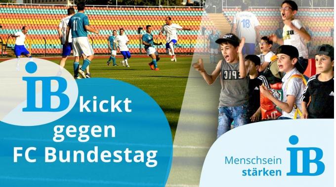 FC Bundestag kickt mit Geflüchteten und UNHCR