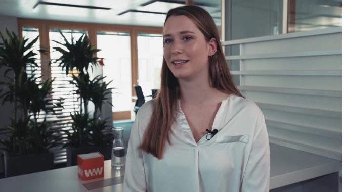 Julianna - Bankkauffrau/Finanzassistent (m/w), Wüstenrot Bausparkasse AG