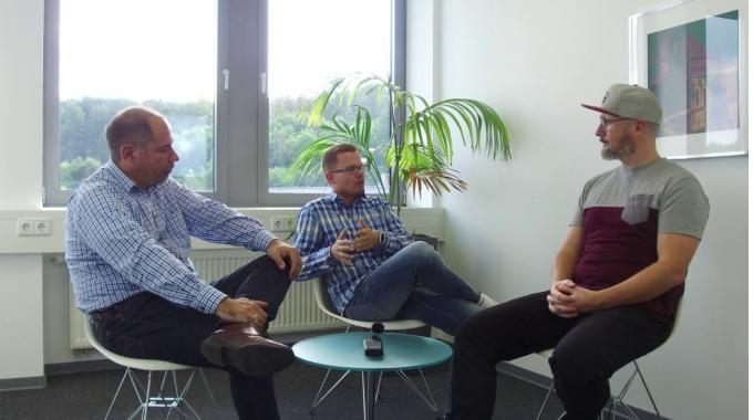 Analyse zu digitalen Schadenprozessen im Interview mit zeitsprung