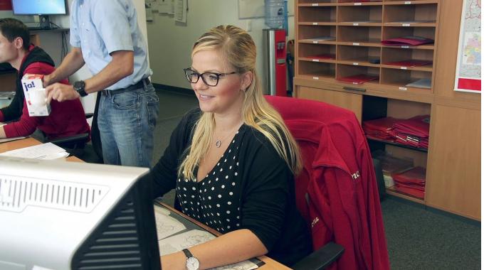 Emons Story Mitarbeiterin im Nahverkehr / Speditionskauffrau / Kauffrau