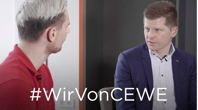 """#WirVonCEWE - Personalreferent Renke im Interview zum Thema """"Bewerbungsprozess bei CEWE..."""