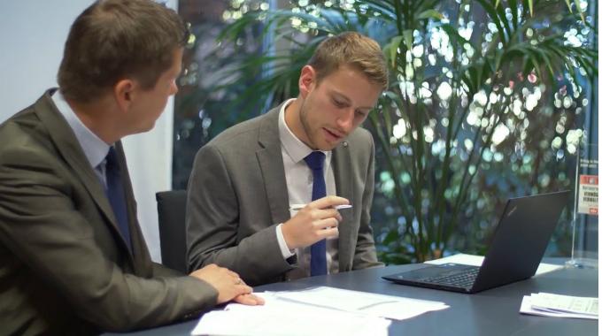 Ausbildung zum Bankkaufmann bei der apoBank - One day in a Job