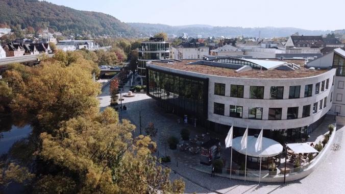 Festakt in Marburg: 10 Jahre duales FHDW-Studium