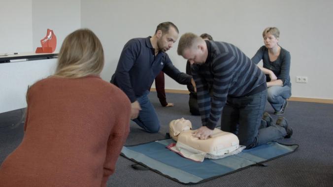 Ein Erste-Hilfe Kurs bei PRIMEROS