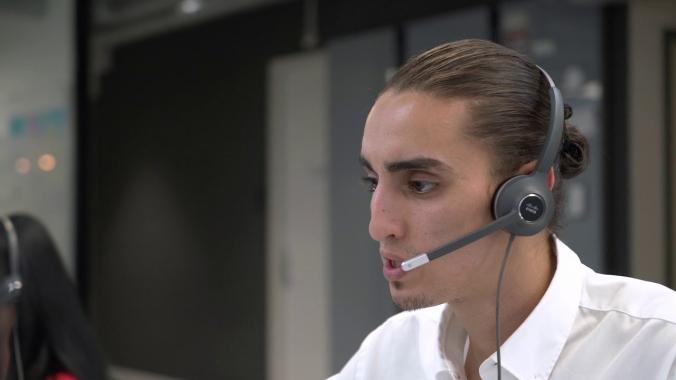 04 - Karriere: Agent für Monitoring & Kundenbetreuung (Short)