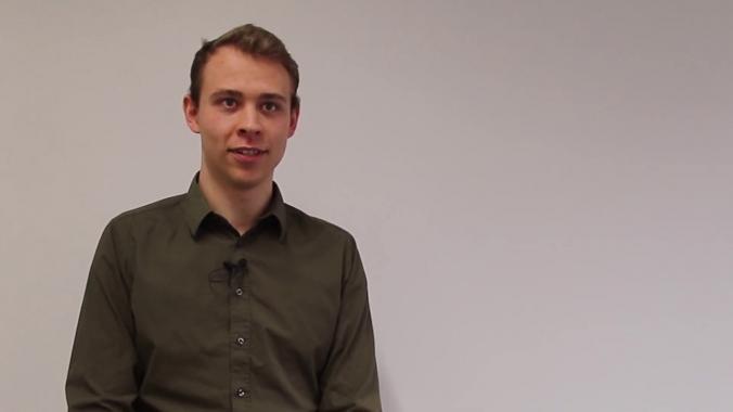 3 Fragen an unseren dualen Informatik Studenten Julian Hohm