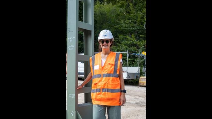 Vera Pfaff, Trainee Projektleitung (RPS) von den Bauarbeiten auf der Strecke Freilassing-...