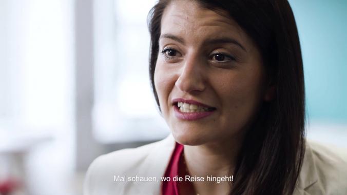 Kopf und Herz-Portrait für mobile Zukunft - Produktmanagerin Yelda