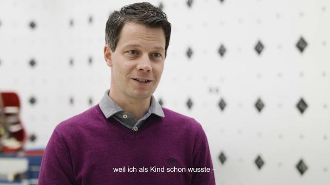 Kopf und Herz-Portrait für mobile Zukunft - Versuchsingenieur Nils