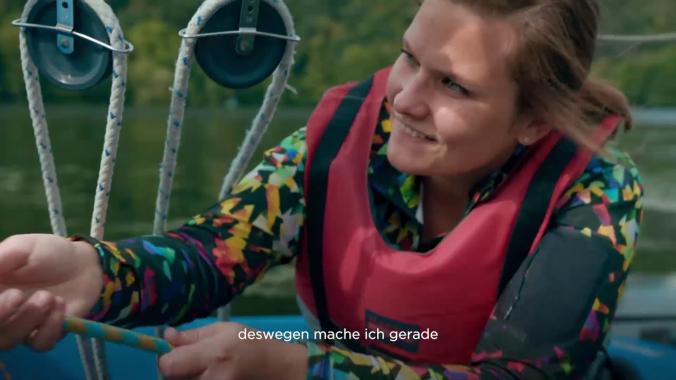 Arbeiten bei Amprion: Julia Massmann plant den Einsatz von Leistungstransformatoren