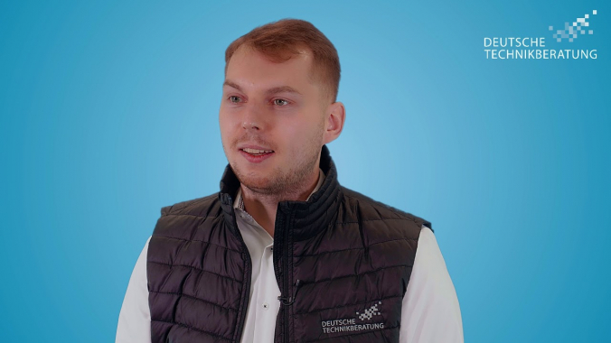 Unsere Technikberater*innen stellen sich vor: Piotr aus Berlin
