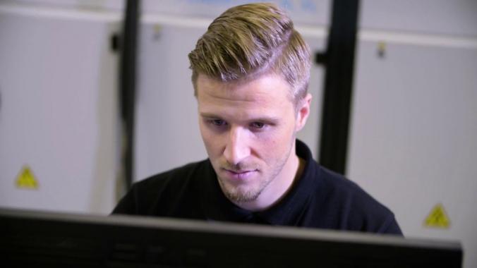 Berufe bei Kurtz Ersa #09: Applikationsingenieur