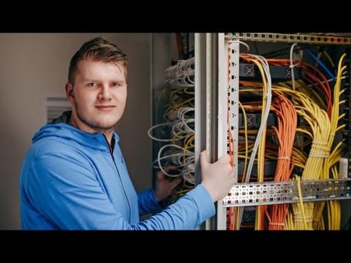 SCHULZ Systemtechnik GmbH: HR-Spots Klappe die Zwölfte