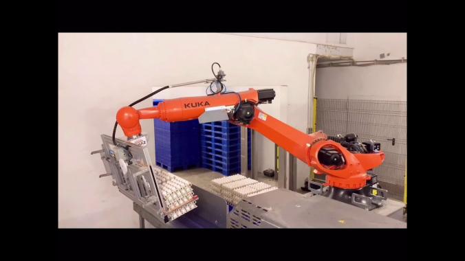 SCHULZ Systemtechnik: Intelligenter Eierpalettierer