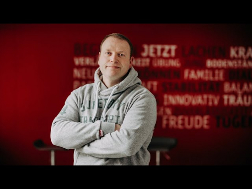 SCHULZ Systemtechnik GmbH: HR-Spots Klappe die Siebte